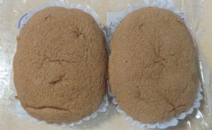 ローソン プランのキャラメル蒸しケーキのパッケージを開けたところ