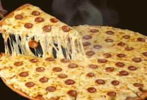 ドミノピザ ウルトラチーズ革命粗挽きソーセージ4.0